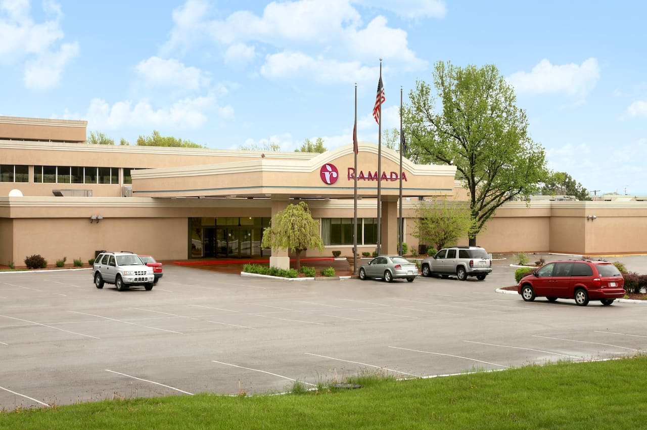 Ramada Overland Park in  Merriam,  Kansas