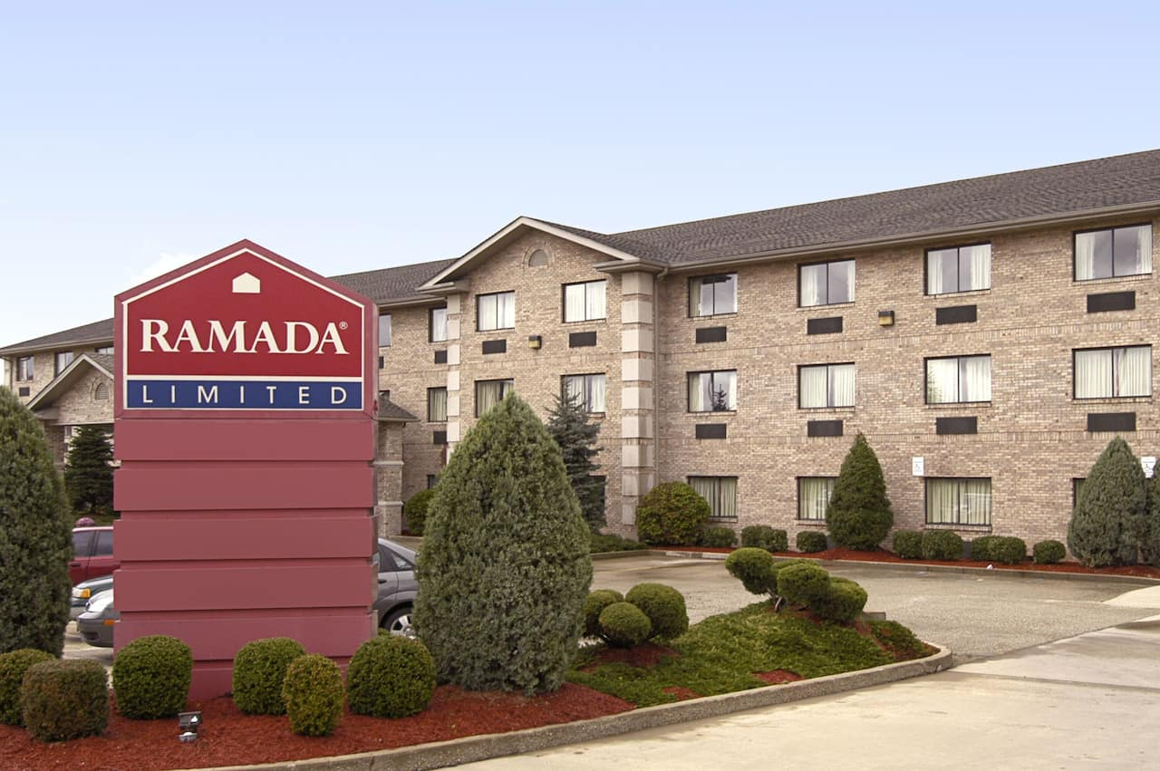 Ramada Limited Mount Sterling in Winchester, Kentucky