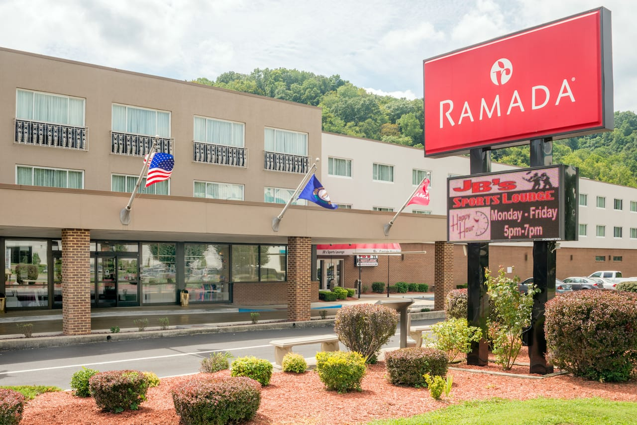 Ramada Paintsville Hotel & Conference Center in Paintsville, Kentucky