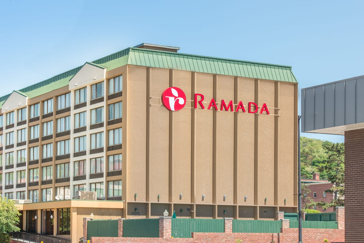 Ramada Cumberland Downtown in Garrett, Pennsylvania