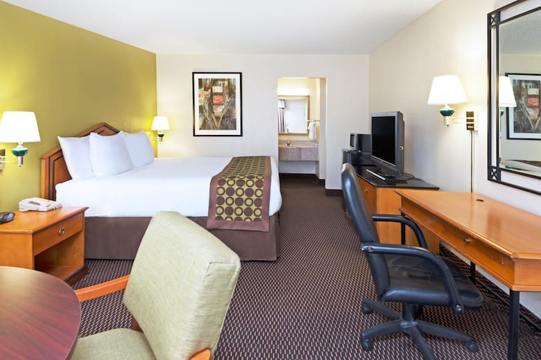 Guest Room At The Ramada Pikesville Baltimore North In Maryland