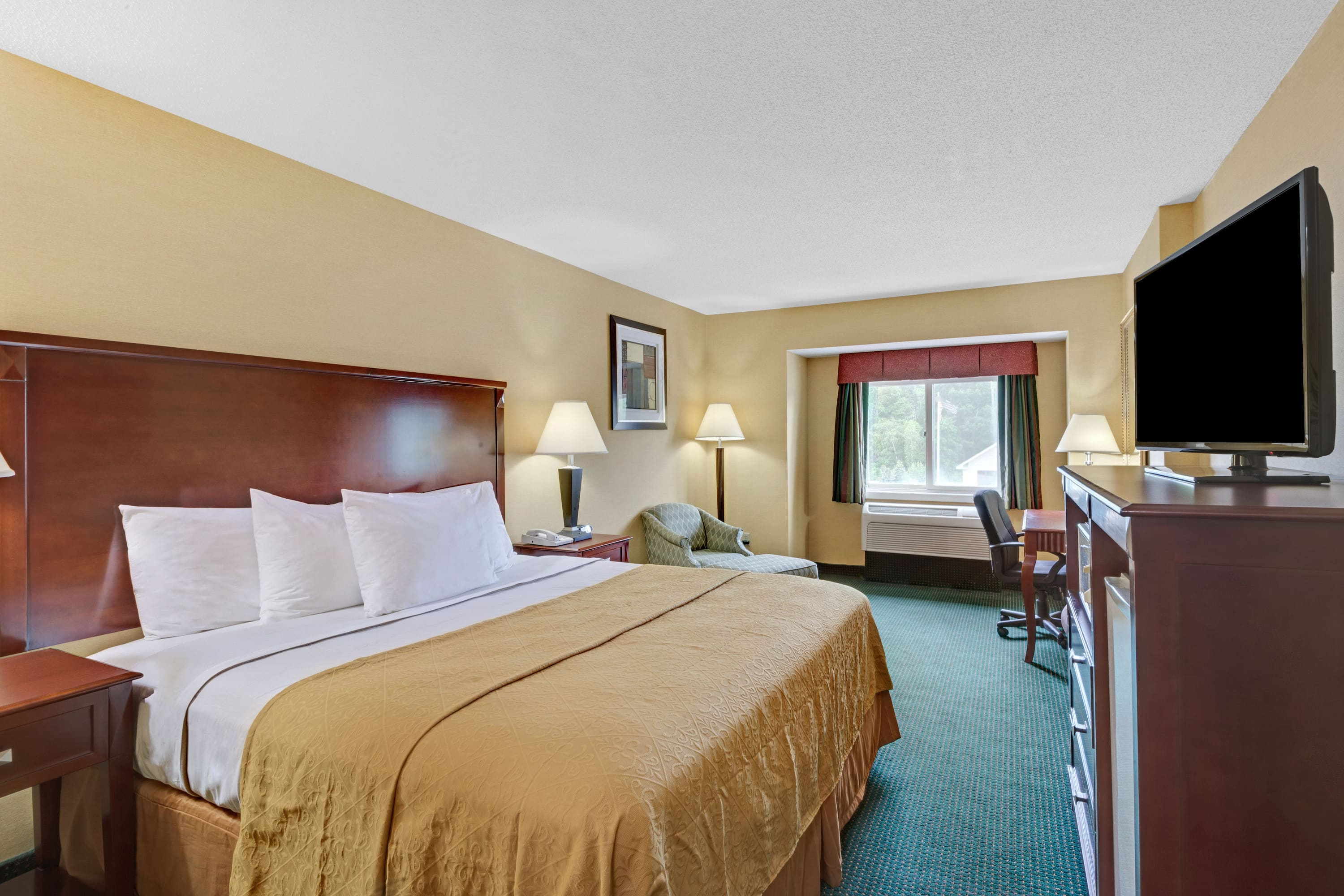 Guest room at the Ramada Kittery in Kittery, Maine