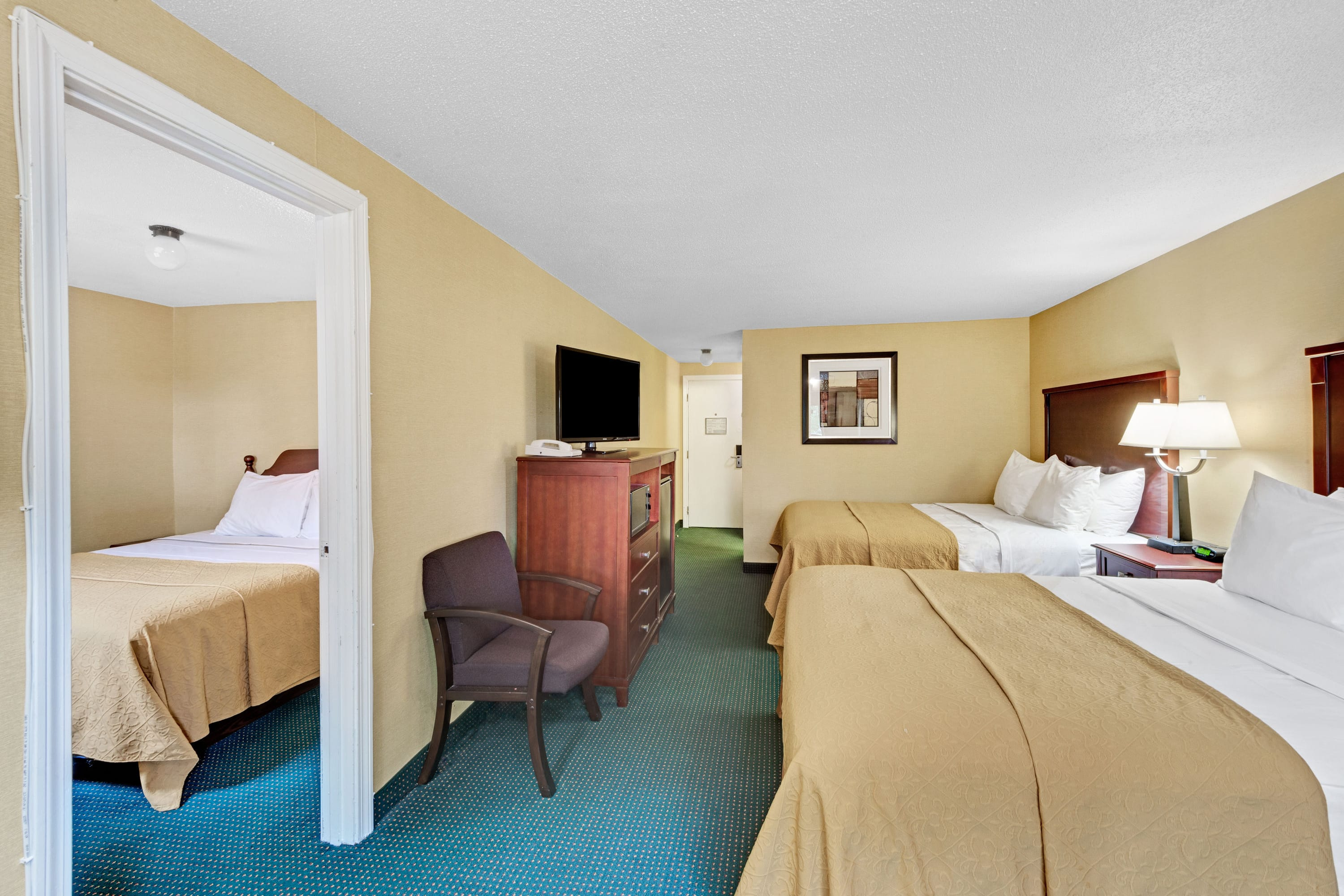 Ramada Kittery suite in Kittery, Maine