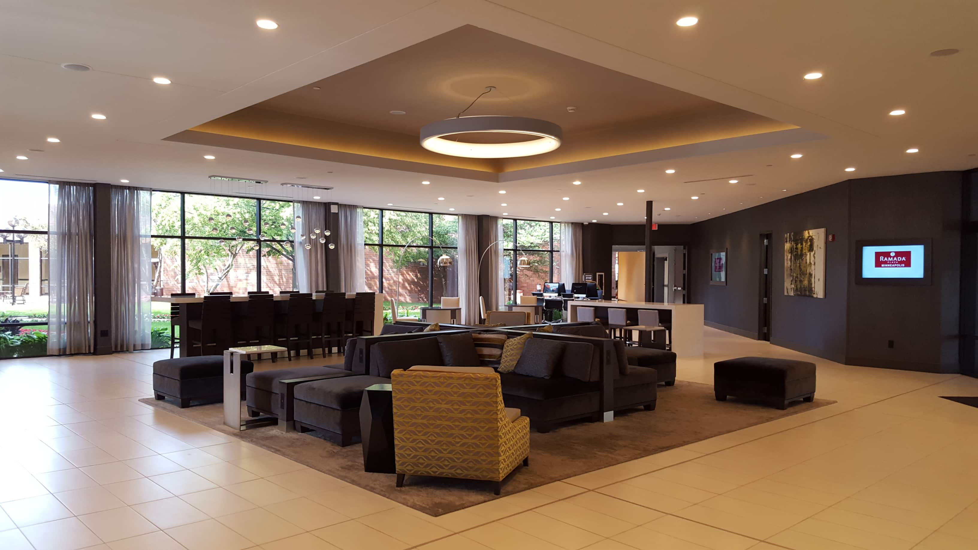 Top Ramada Plaza Minneapolis Hotel Lobby In Minnesota With Hotels Near Marshall Mn