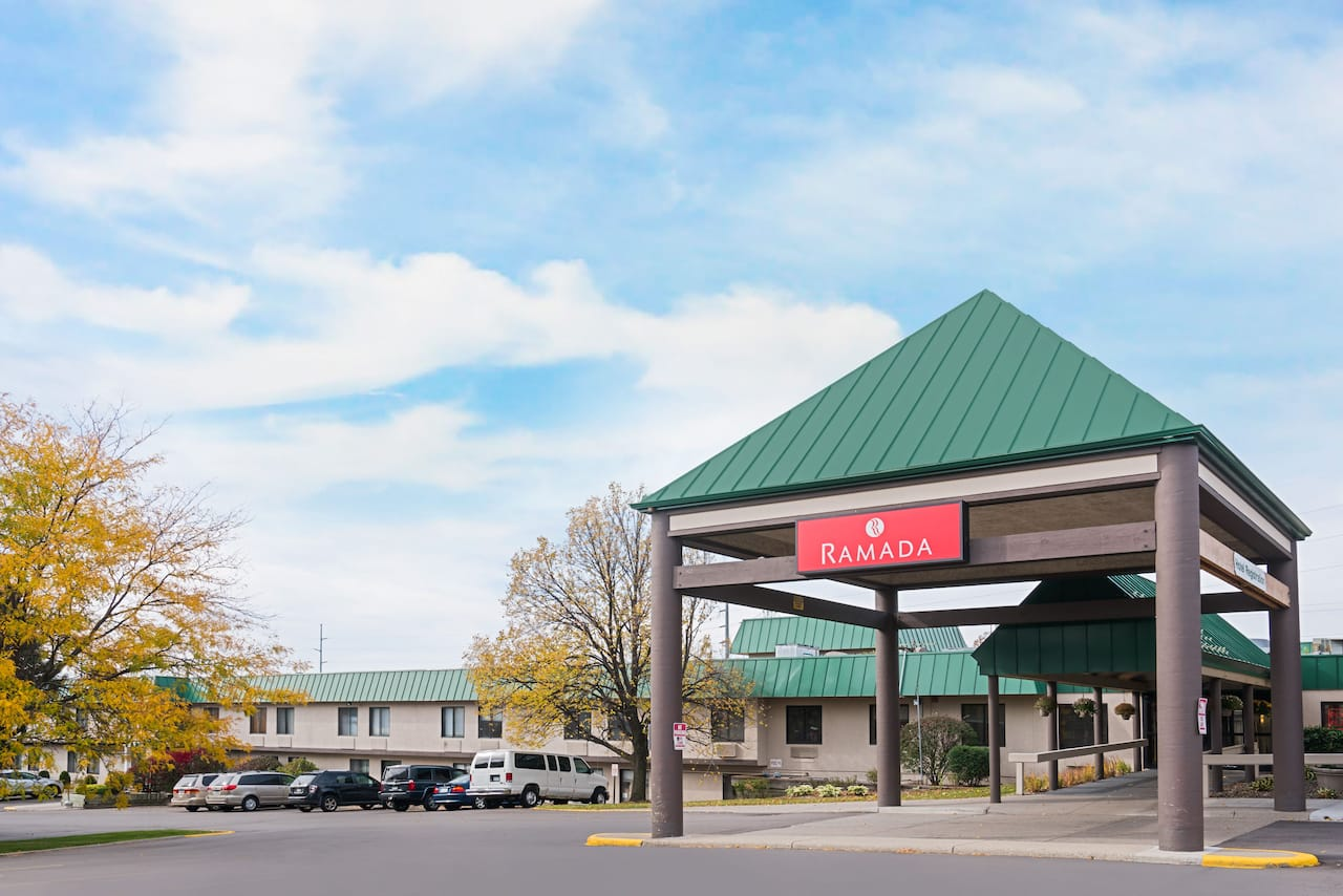 Ramada Plymouth Hotel and Conference Center in Eden Prairie, Minnesota