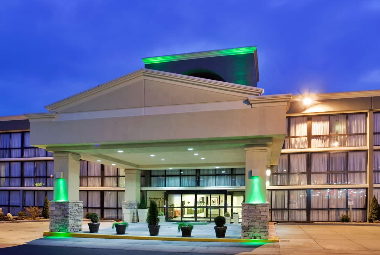 Ramada Kansas City in  ,