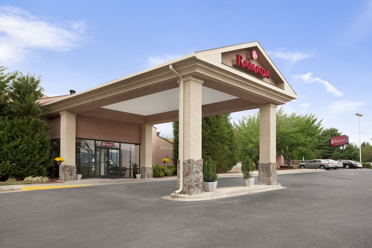 Ramada Asheville Southeast in  Hendersonville,  North Carolina
