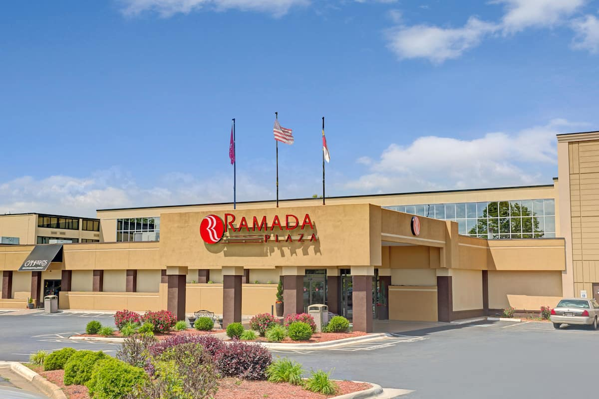 Exterior Of Ramada Plaza By Wyndham Charlotte Airport Conference Center Hotel In North Carolina