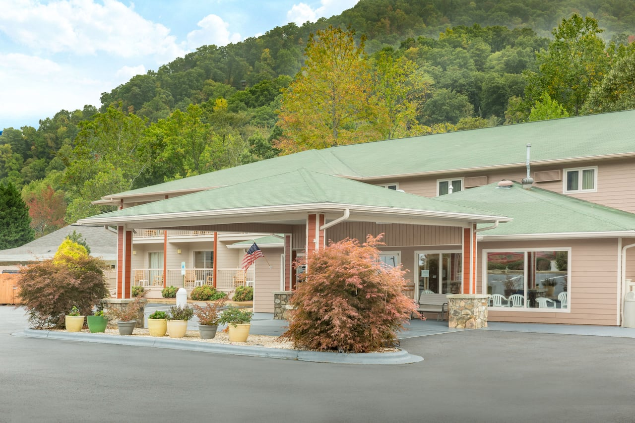 Ramada Maggie Valley in Cherokee, North Carolina