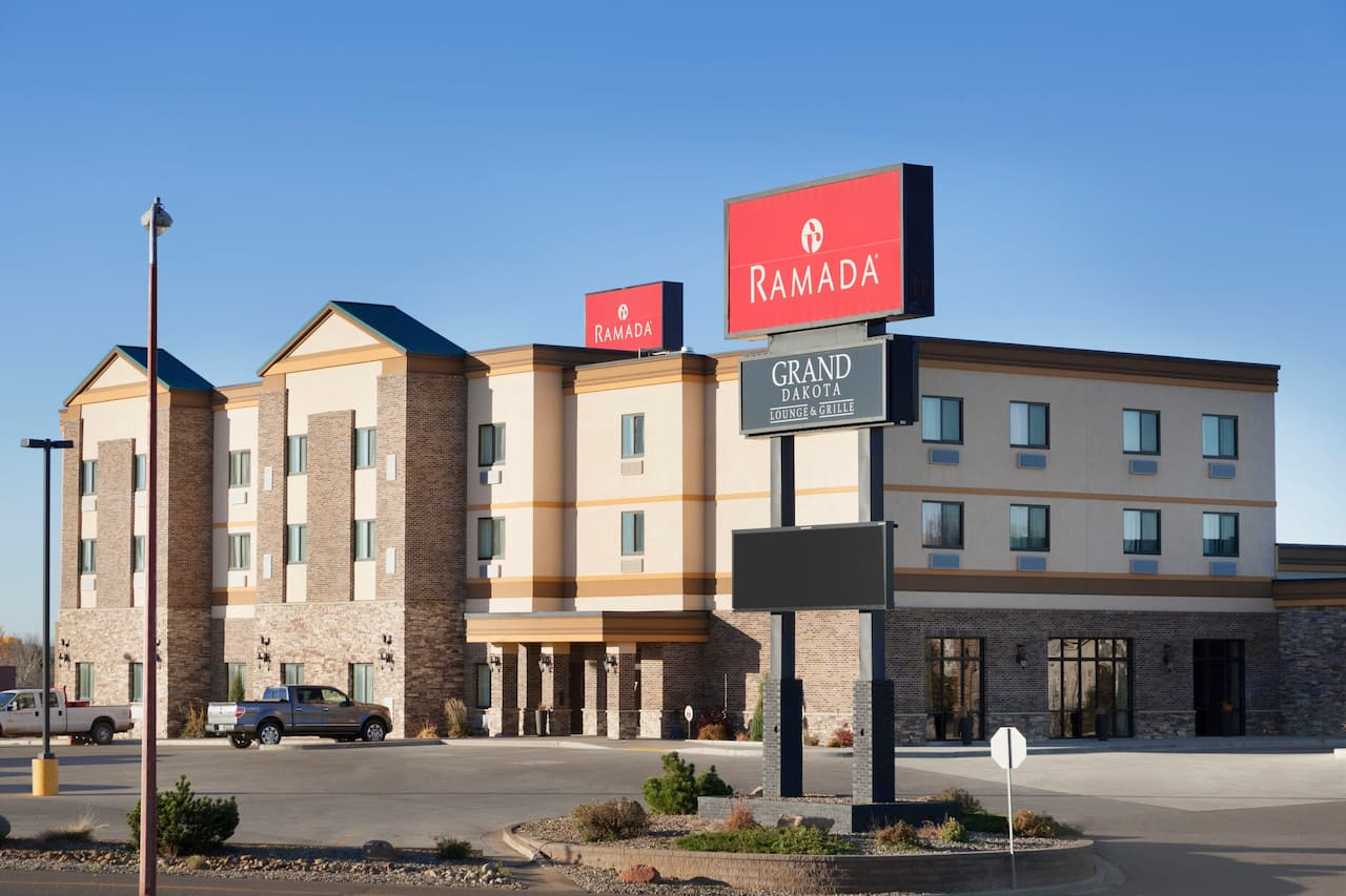 Ramada Grand Dakota Hotel Dickinson in  Dickinson,  North Dakota