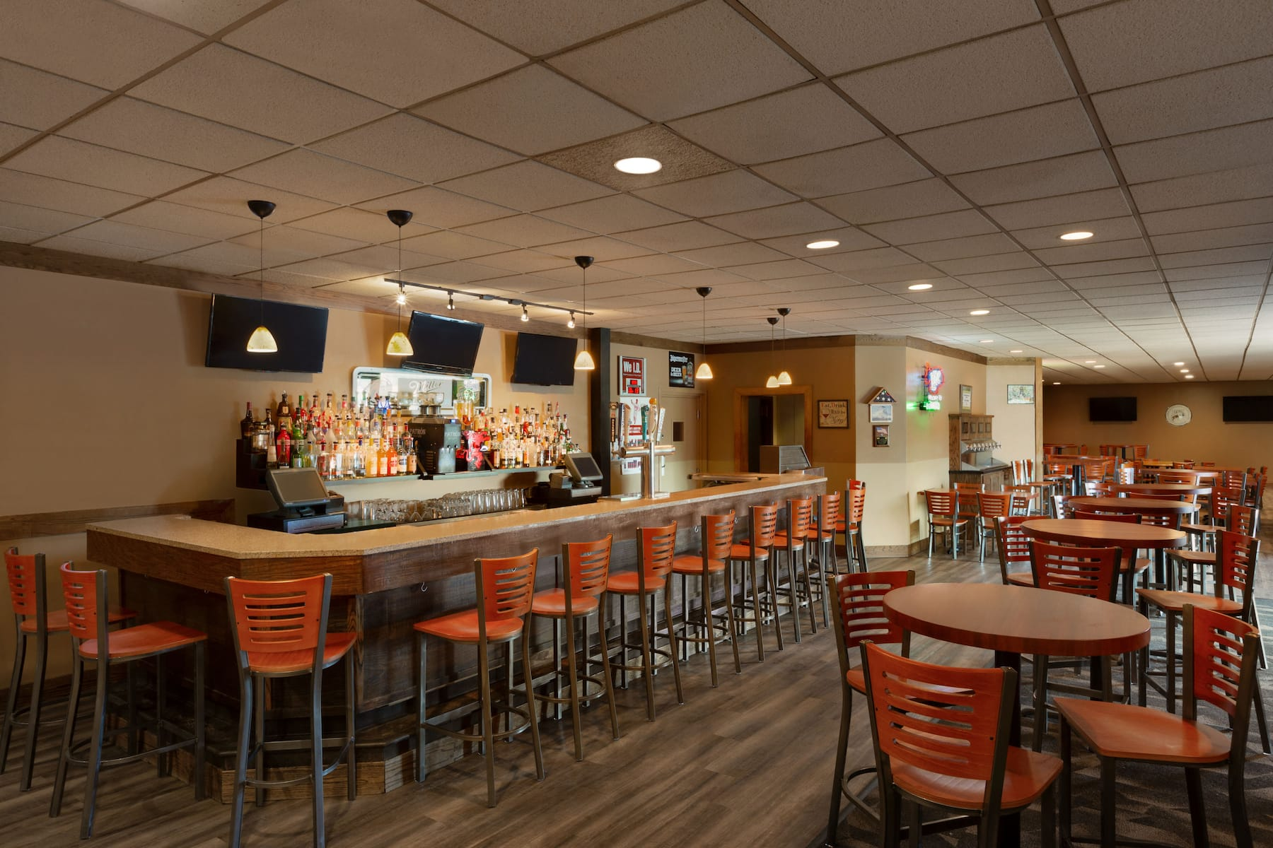 Ramada By Wyndham Fargo Fargo Nd Hotels