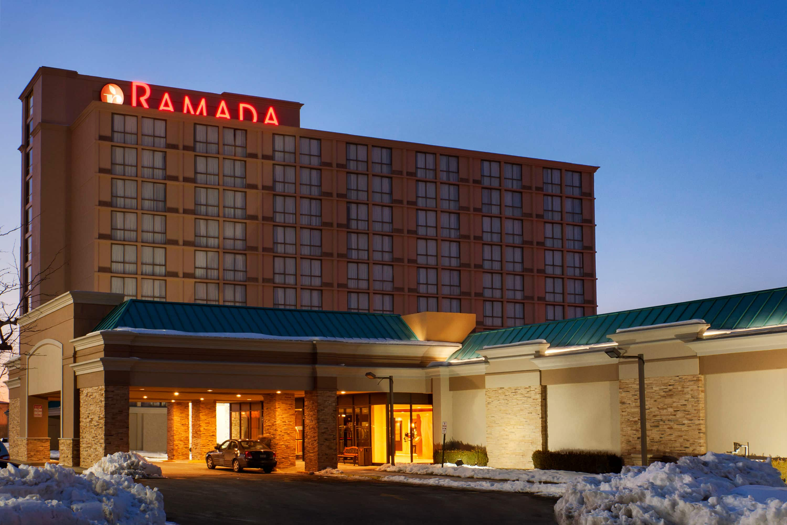 Excellent Ramada Plaza Newark Liberty Airport In New Jersey With Hotels Near Hackensack Nj