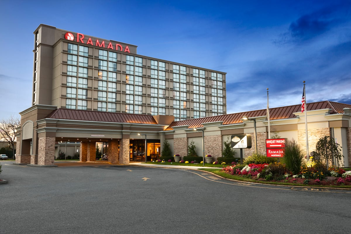 Exterior Of Ramada Plaza Newark Liberty International Airport Hotel In New Jersey