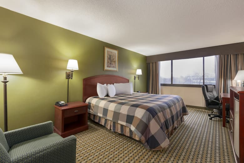 Guest Room At The Ramada Rochelle Park Near Paramus In New Jersey