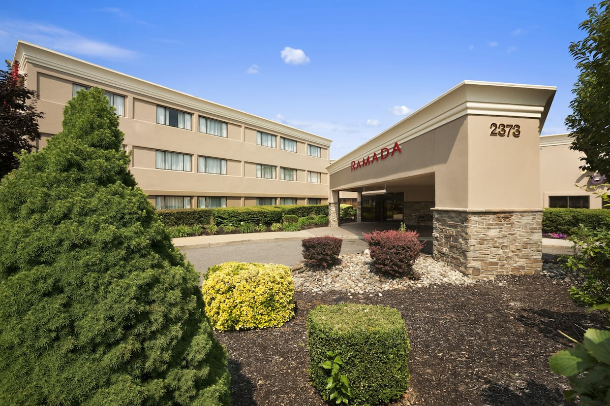 Exterior Of Ramada By Wyndham Toms River Hotel In New Jersey