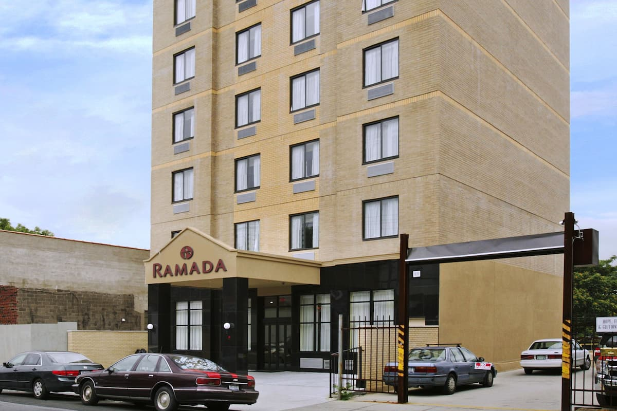 Exterior Of Ramada Long Island City Hotel In New York