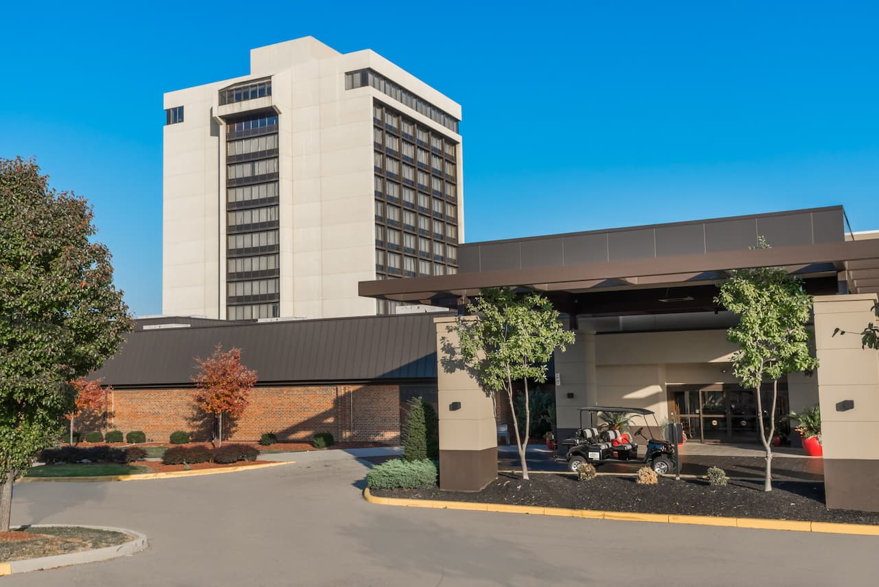 Ramada Plaza Cincinnati Sharonville near Lindner Family Tennis Center