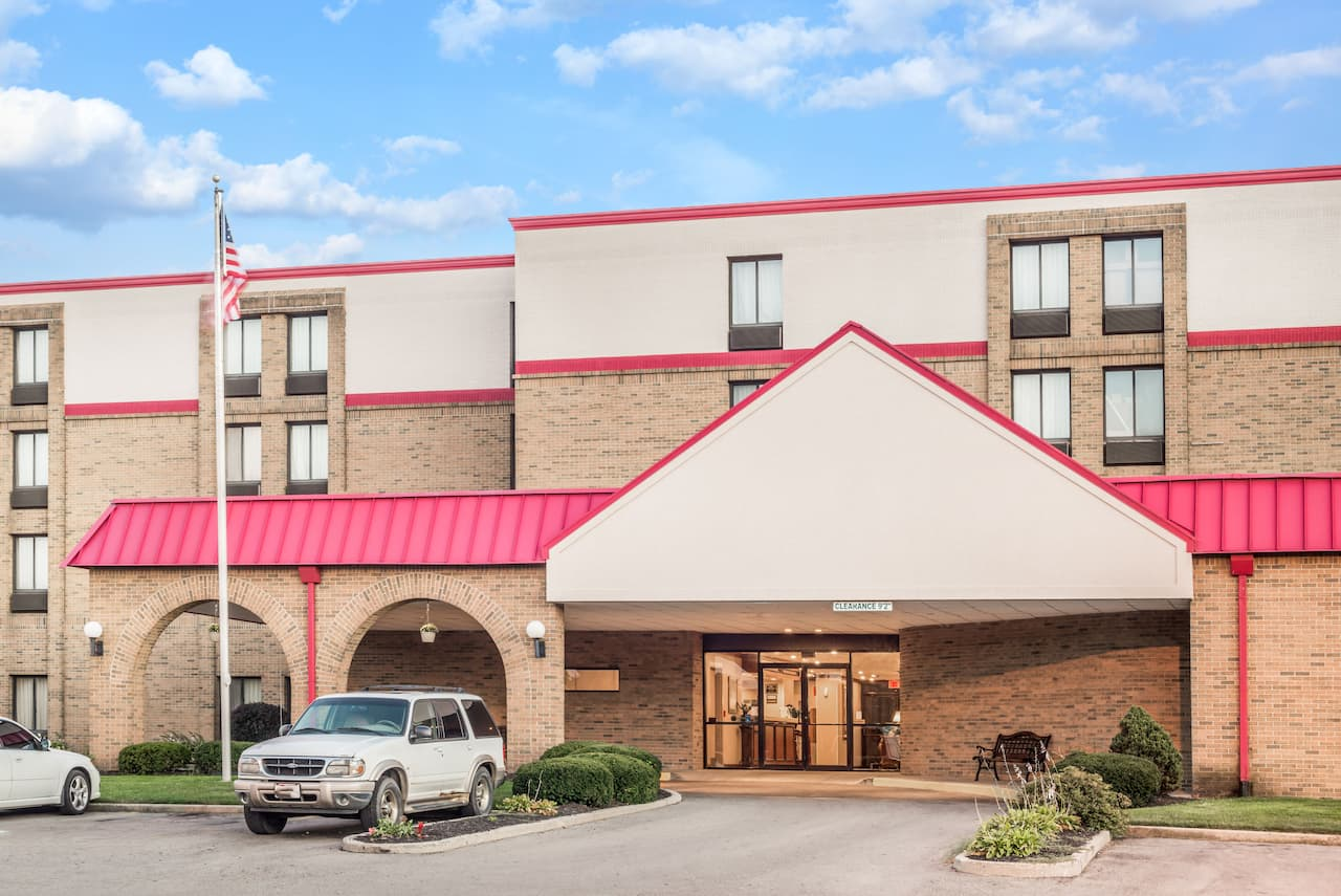 Ramada Xenia in  Jeffersonville,  Ohio