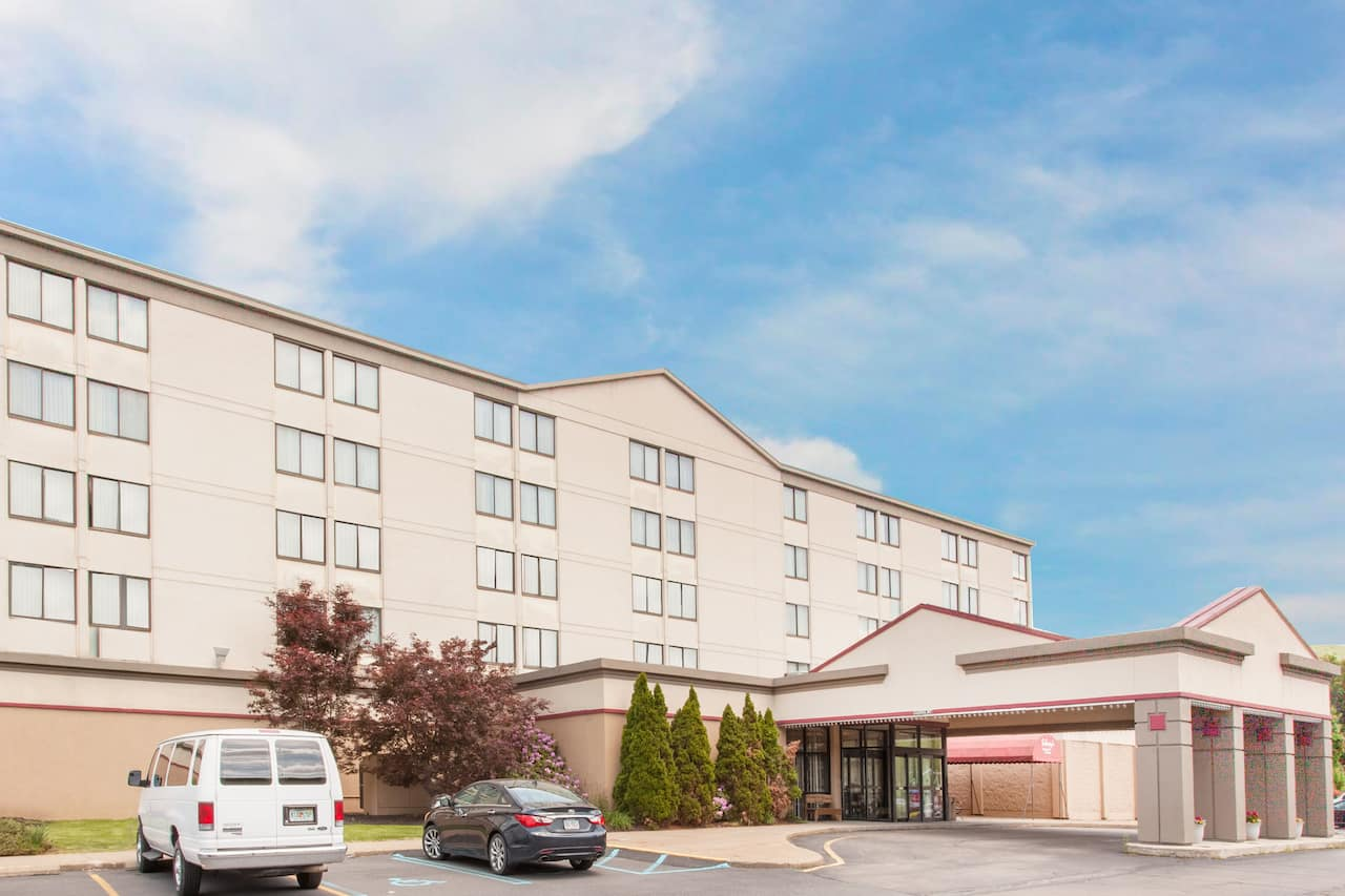Ramada Clarks Summit Near Scranton in Moosic, Pennsylvania