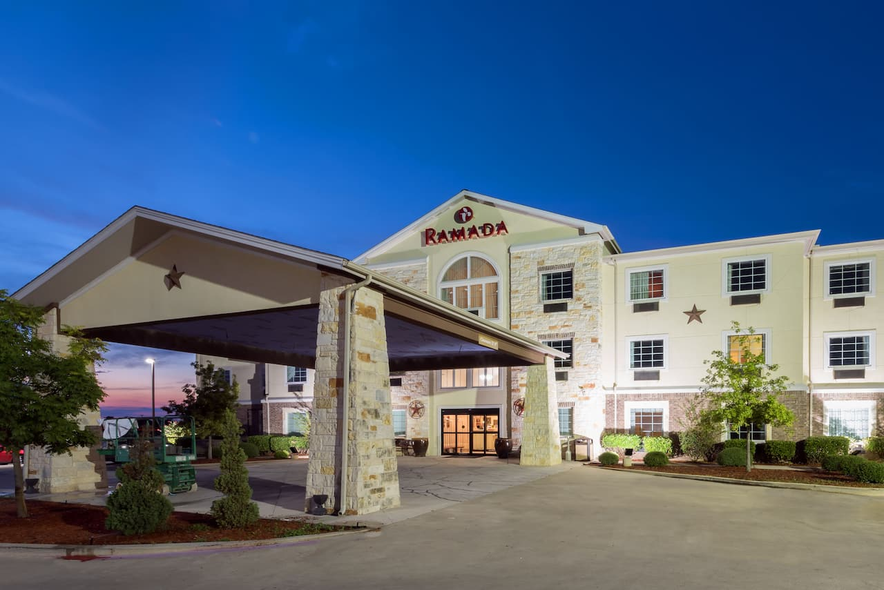 Ramada Gatesville in Copperas Cove, Texas