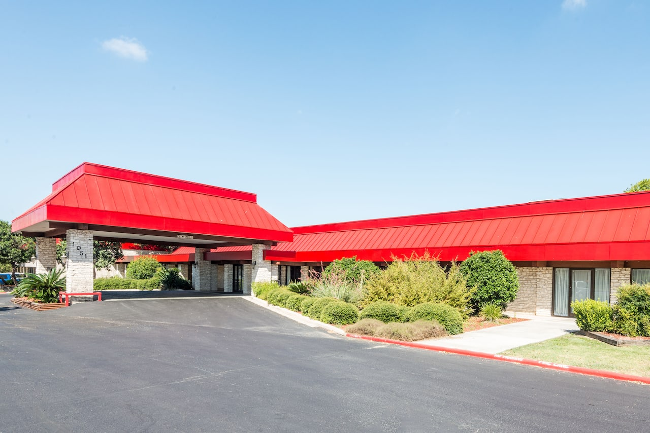 Ramada New Braunfels in  New Braunfels,  Texas