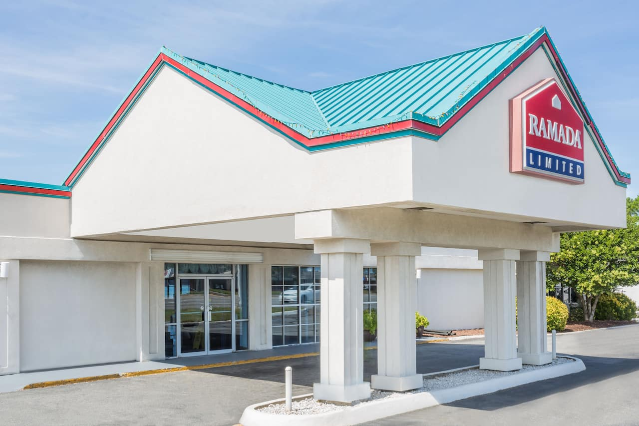 Ramada Limited Norfolk in Newport News, Virginia