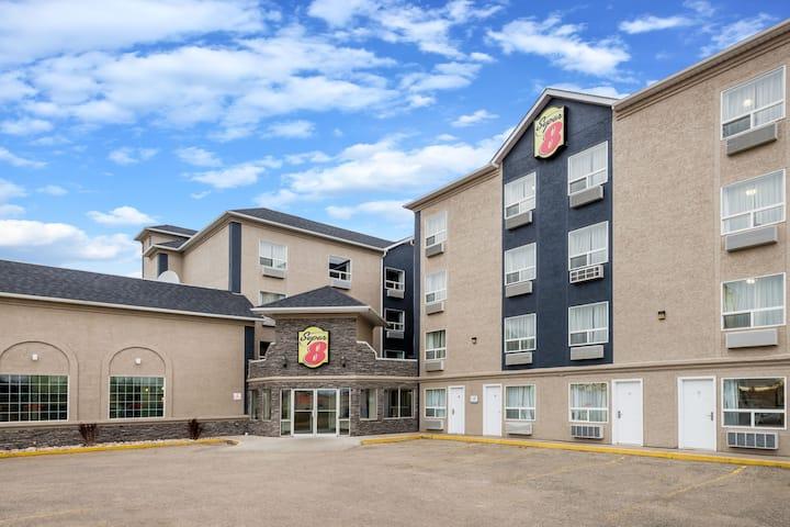 Super 8 by Wyndham Grande Prairie | Grande Prairie Hotels, AB T8V 4K5