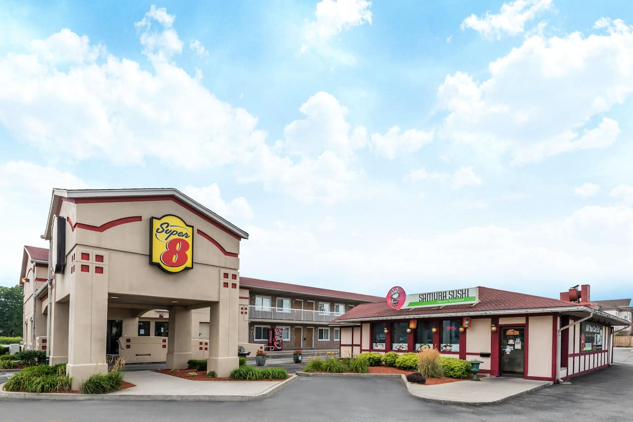 Super 8 by Wyndham Guelph in  Brantford,  Ontario