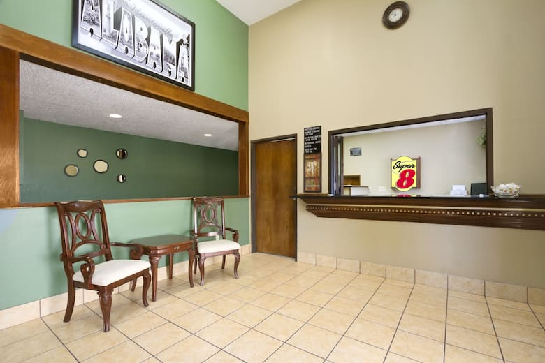 Super 8 Huntsville Alabama Hotel Lobby In