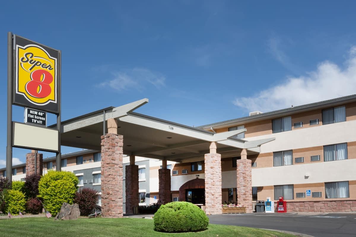 hotelname} | ${city} hotels, co 81506