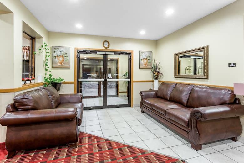 Super 8 Osage Hotel Lobby In Iowa