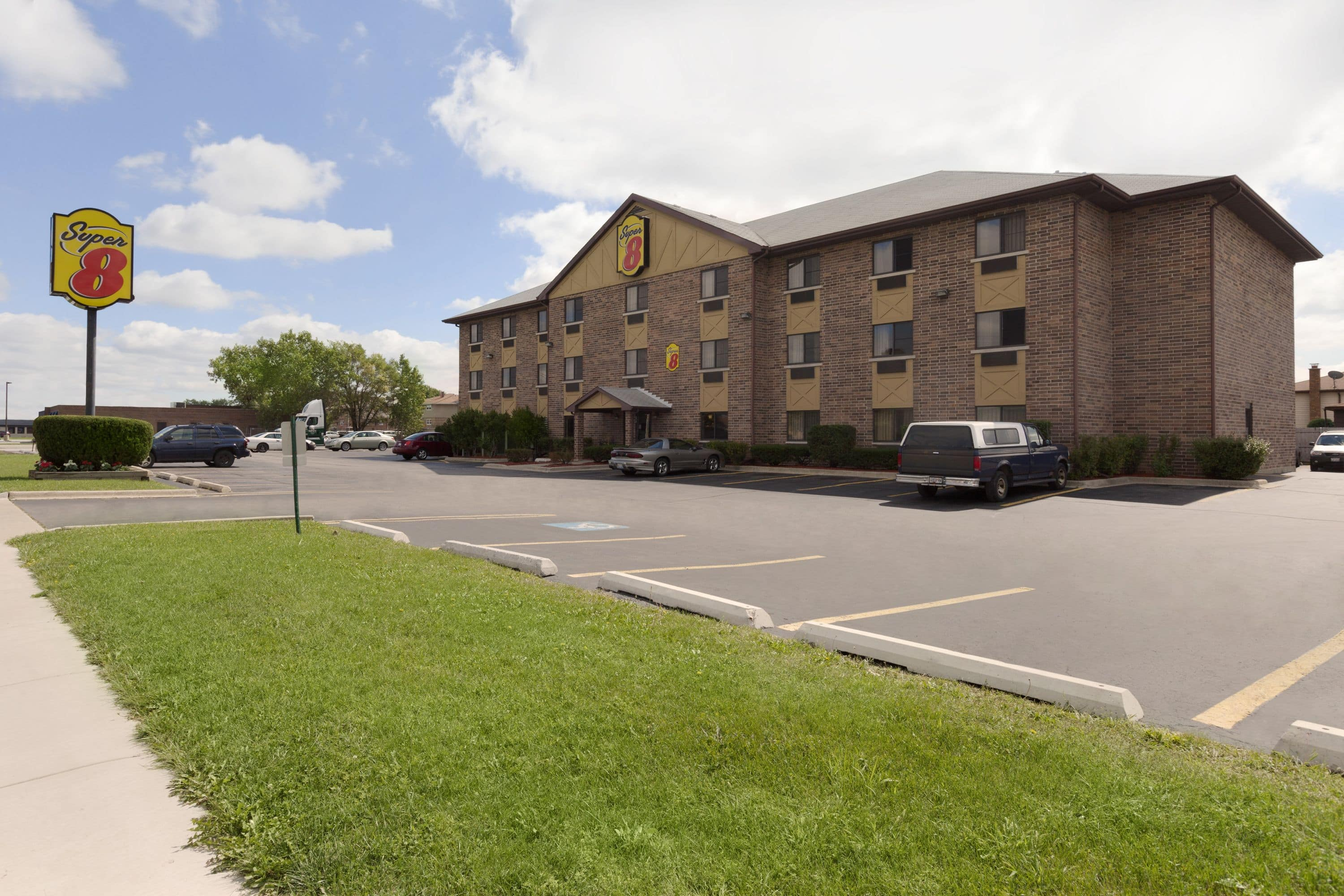 Super 8 by Wyndham BridgeviewChicago Area Bridgeview Hotels IL