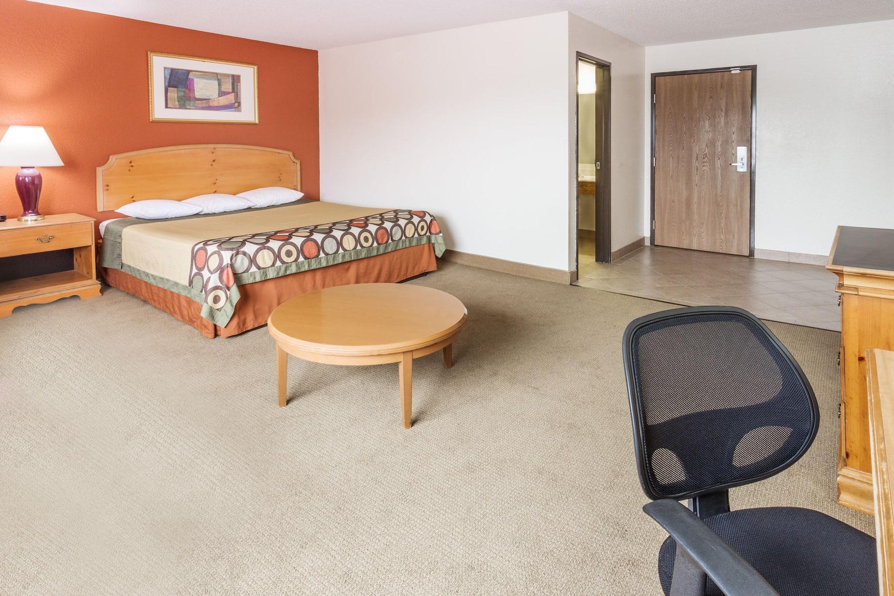 Super 8 By Wyndham Elgin Elgin Il Hotels