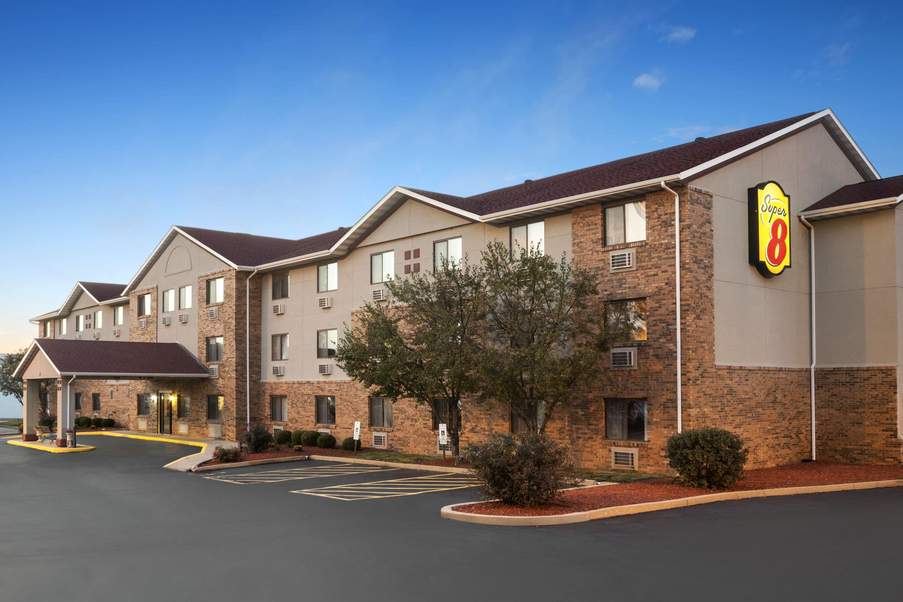 Hotels Near Belleville Il Best Rated With