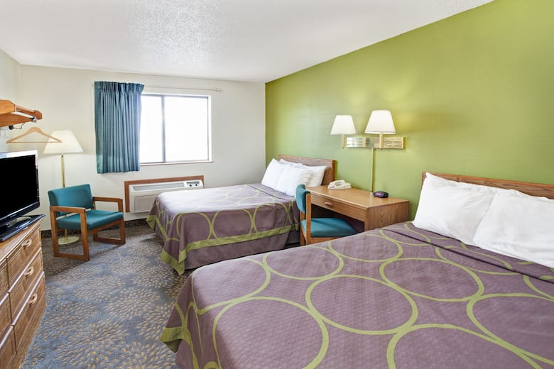 Guest Room At The Super 8 By Wyndham Mokena Frankfort I 80 In