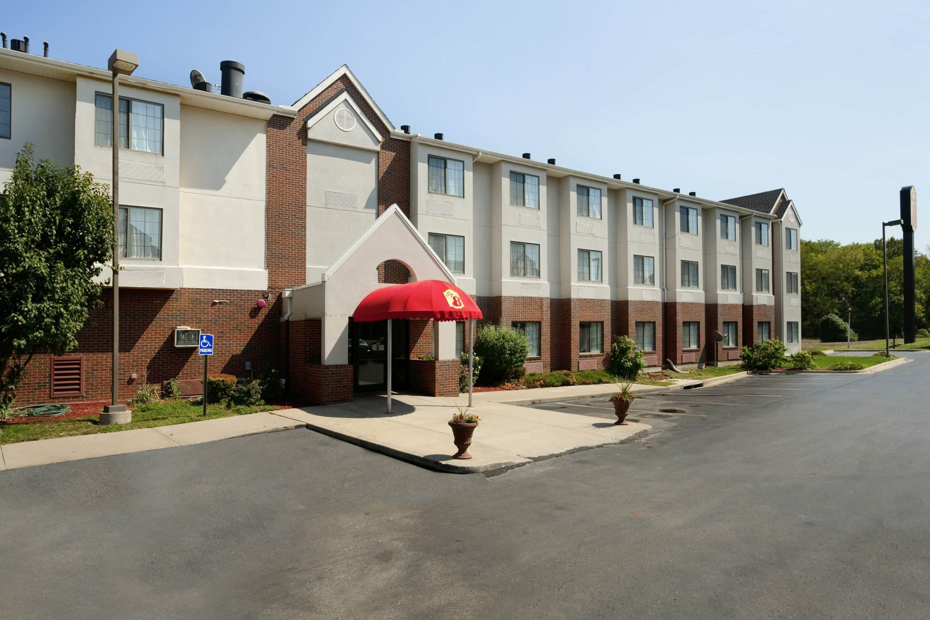 Excellent Exterior Of Super Overland Park Kc Area Near Convention Center Hotel In With Hotels Shawnee Ks