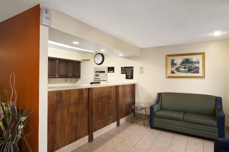 Super 8 Prestonsburg hotel lobby in Prestonsburg  Kentucky. Super 8 Prestonsburg   Prestonsburg Hotels  KY 41653