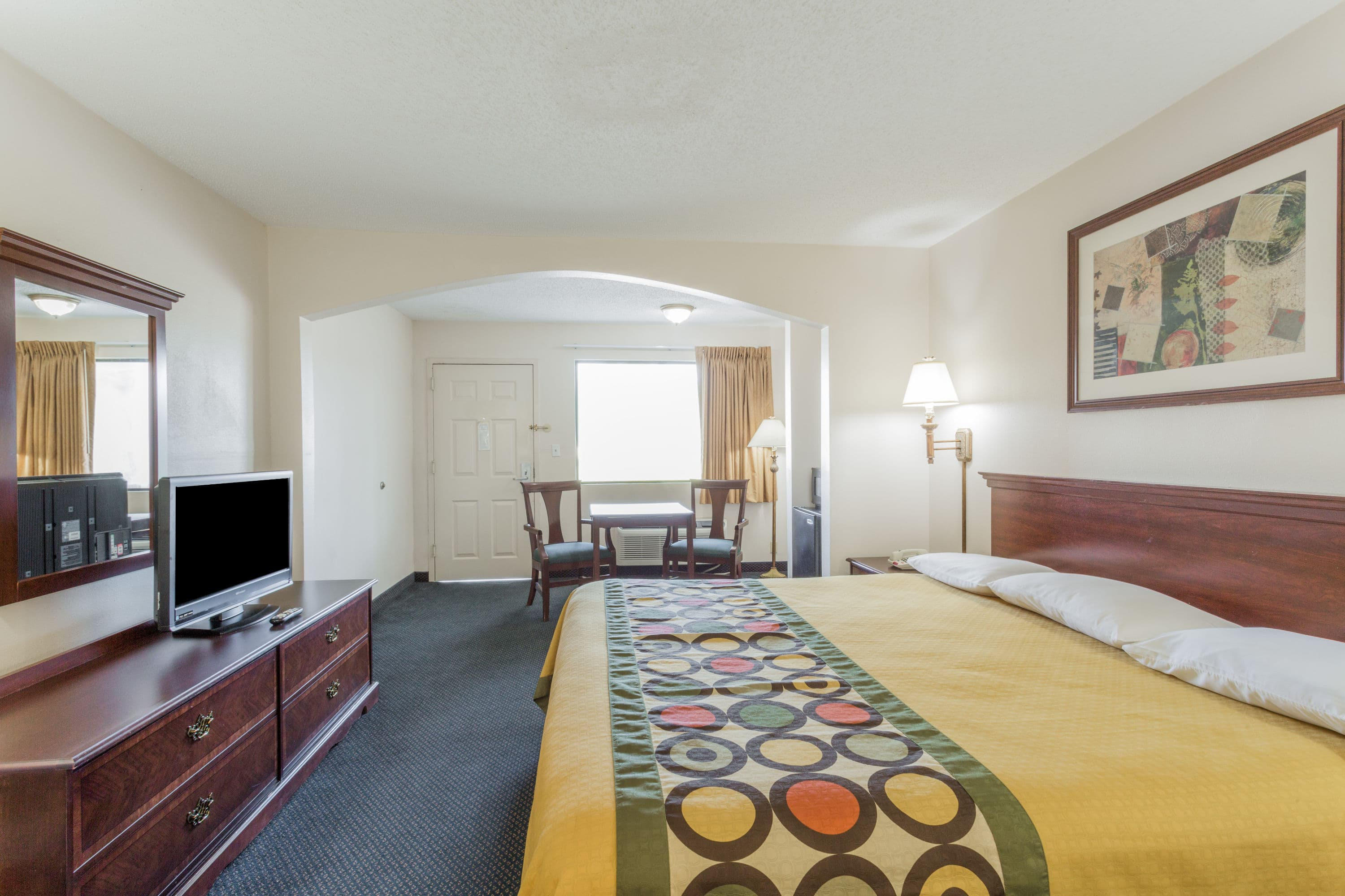 Affordable Guest Room At The Super Slidell In Louisiana With Hotels La
