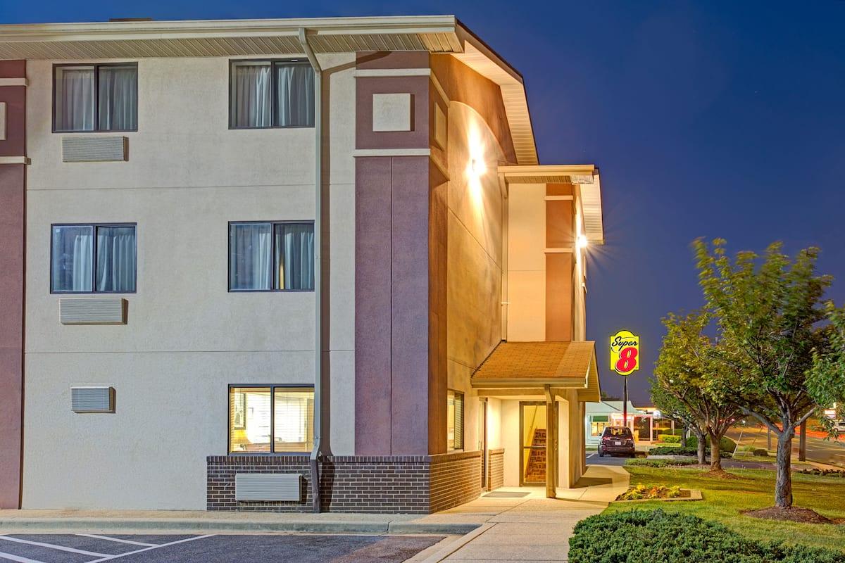 super 8 college park wash dc area college park hotels md 20740
