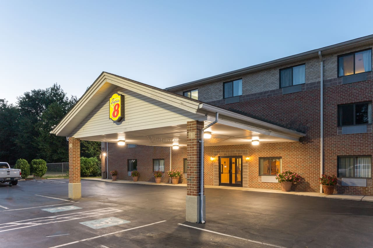 Super 8 by Wyndham Indian Head MD in  Washington,  District of Columbia