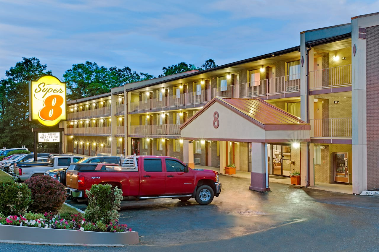 Super 8 by Wyndham Laurel in  Laurel,  Maryland