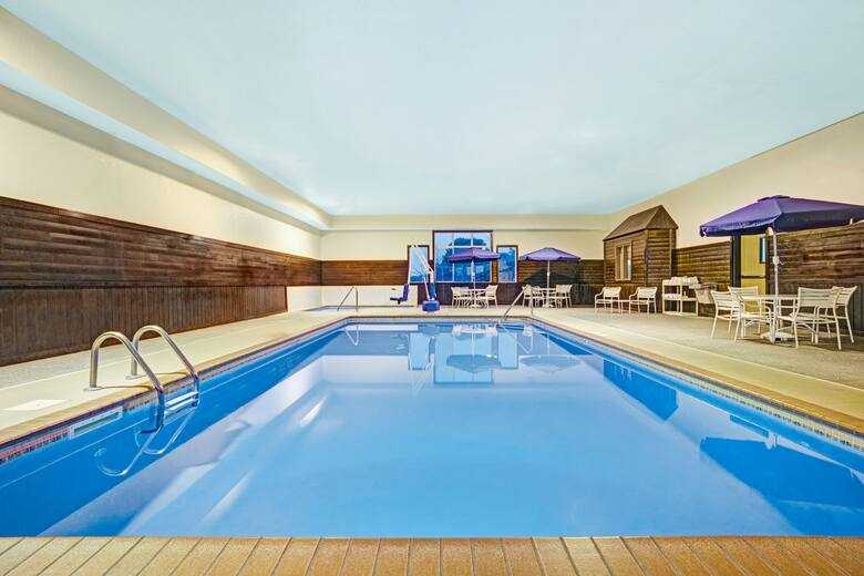 Pool At The Super 8 By Wyndham Blaine Mpls St Paul Area In