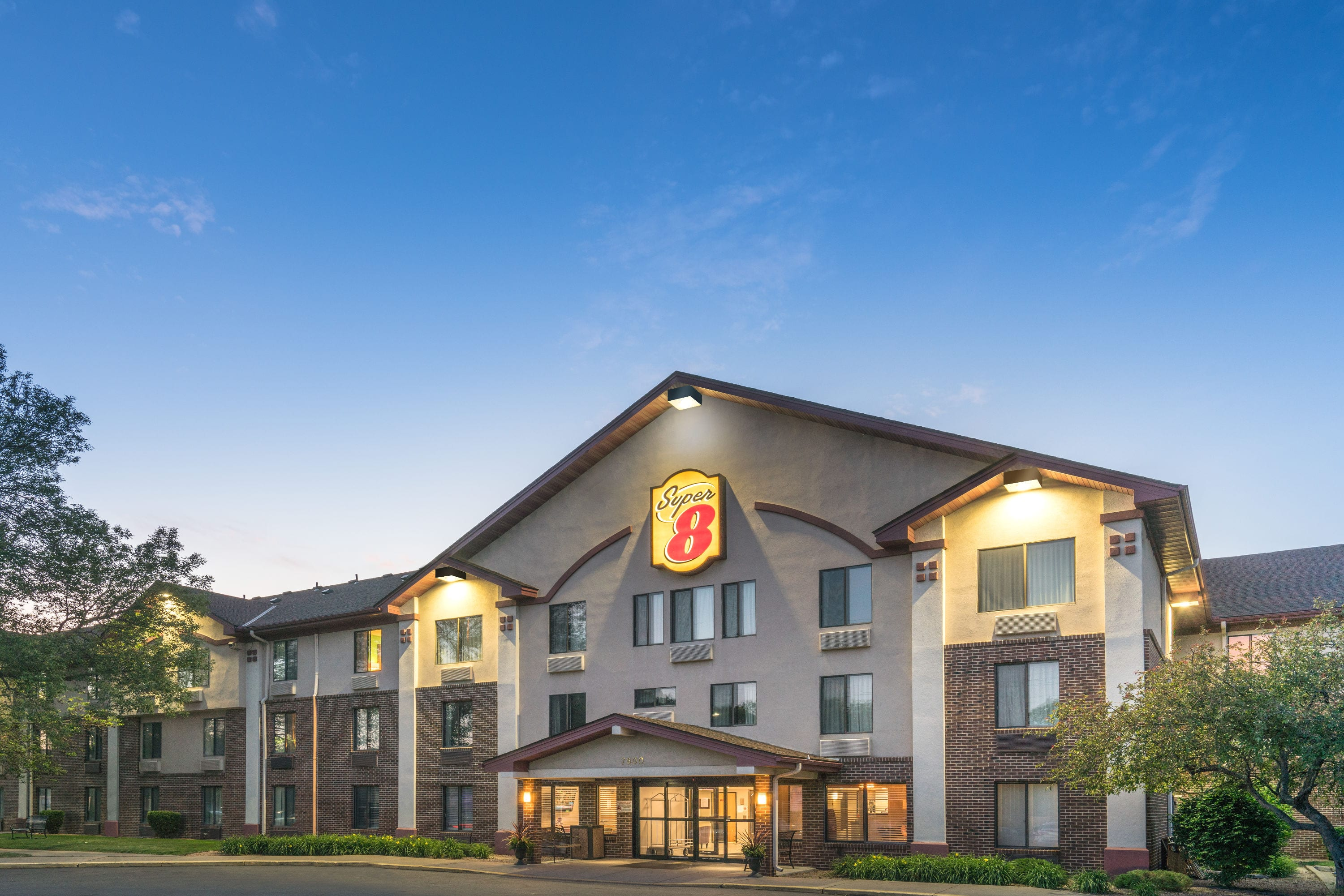 Amazing Super With Hotels Near Lakeville Mn