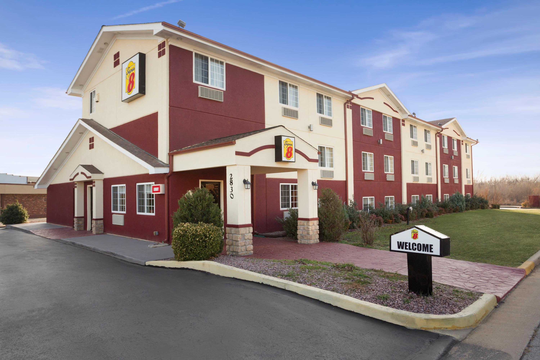 Super 8 by Wyndham Joplin Joplin Hotels MO 64804