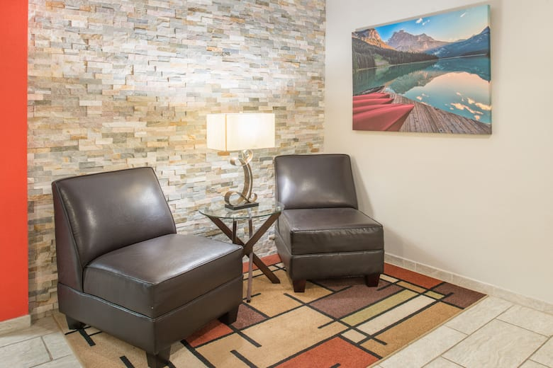 Super 8 By Wyndham Moberly Mo Hotel Lobby In Missouri
