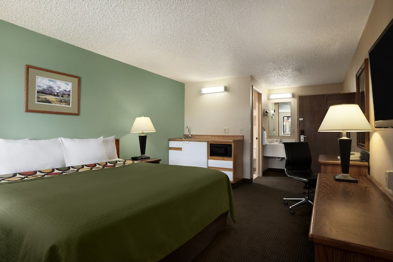 Guest Room At The Super 8 By Wyndham Conrad In Montana