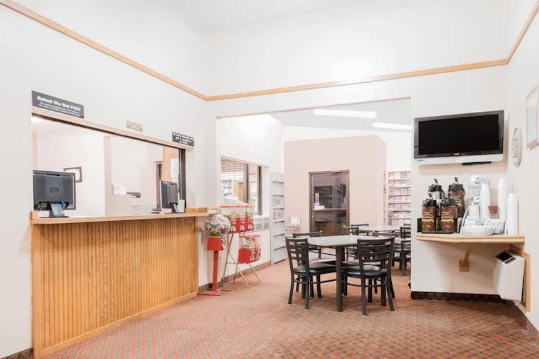 Super 8 Glendive Hotel Lobby In Montana