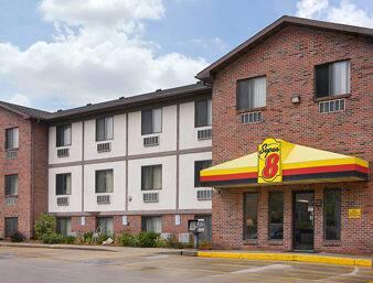 Super 8 by Wyndham OmahaWest Dodge Omaha Hotels NE 681542513