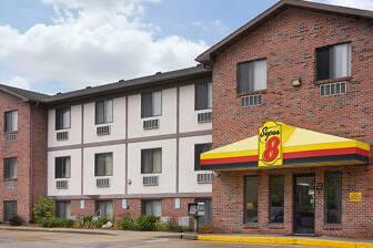 Exterior Of Super 8 Omaha West Dodge Hotel In Nebraska