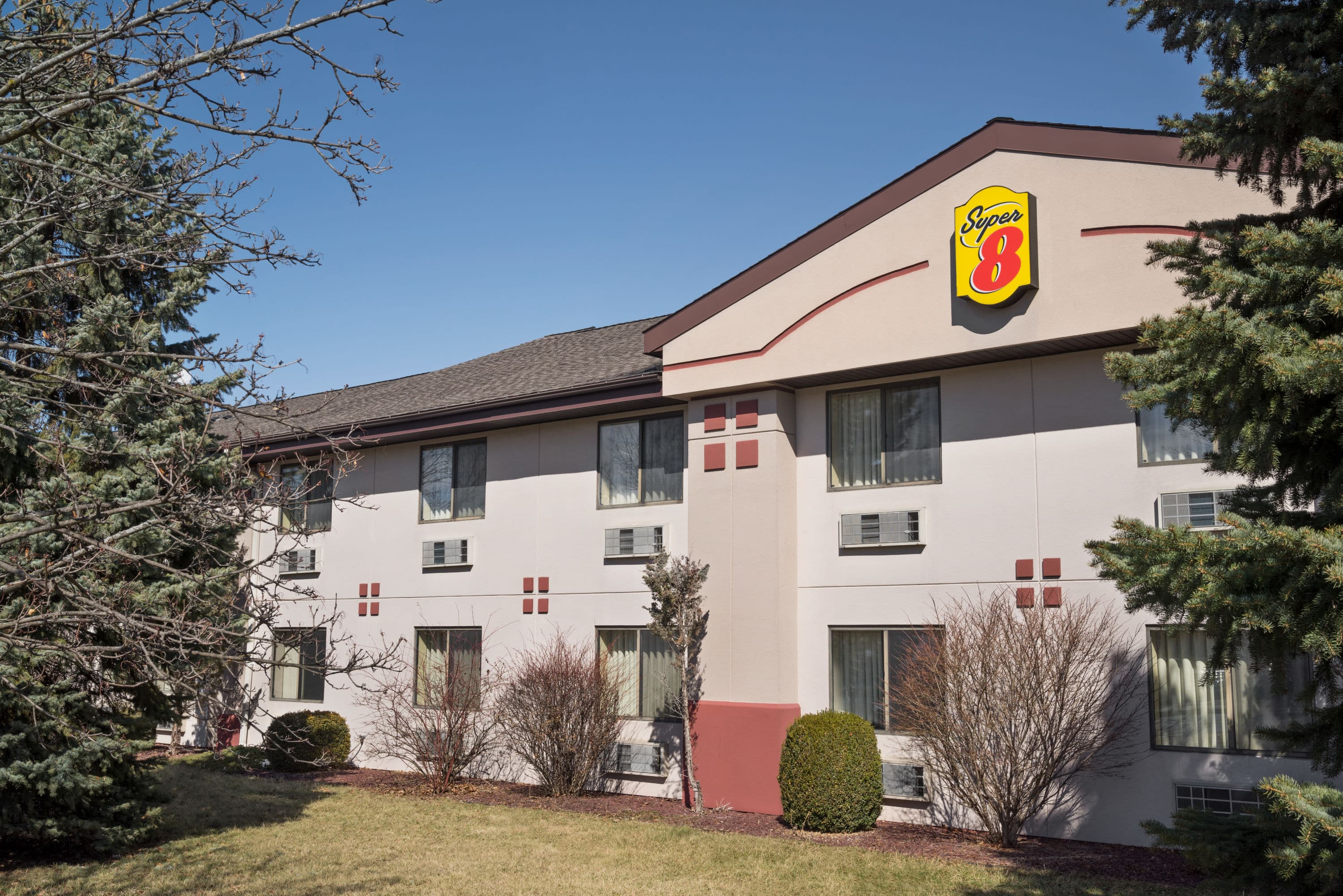 Super 8 by Wyndham Ithaca | Ithaca, NY Hotels